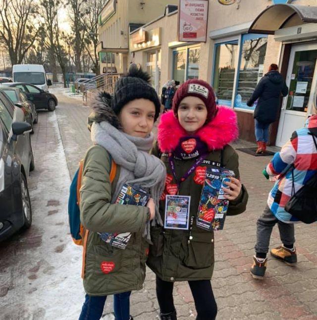 Stare Pole: Wolontariusze WOŚP od rana zbierają pieniądze.
