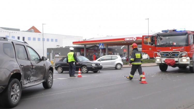 Wymuszenie pierwszeństwa na skrzyżowaniu. Jedna osoba poszkodowana.