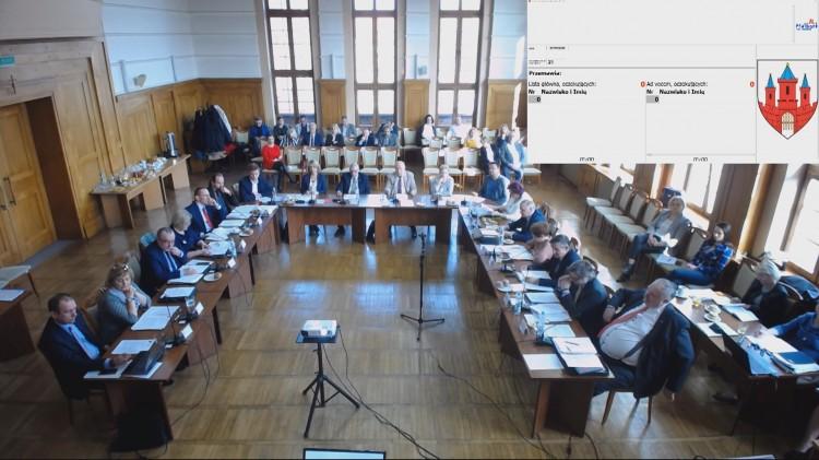 Tośmy się pokłócili… VI Sesja Rady Miasta Malborka - Subiektywnym okiem radnego Adama Ilarza