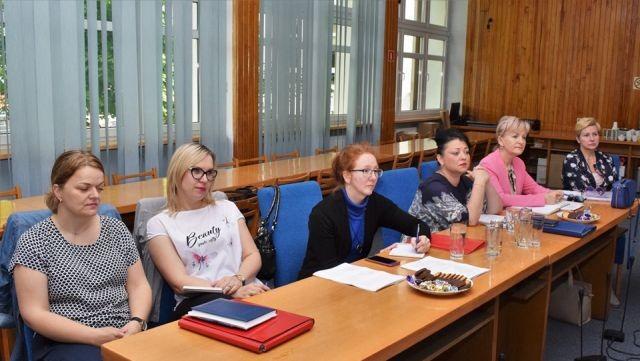 Nowy Dwór Gdański: Zmiany w systemie kadrowym i organizacji roku szkolnego 2019/2020 tematem spotkania w Urzędzie Miejskim