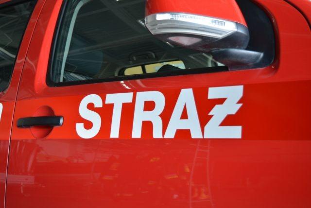 Pożar drewnianego wagonu kolejowego w Nowym Dworze Gdańskim - raport nowodworskich służb mundurowych