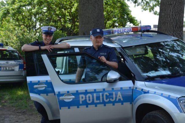 """Nowodworscy policjanci zabezpieczali wojewódzkie ćwiczenia pod kryptonimem """"Gwizd 2019""""."""