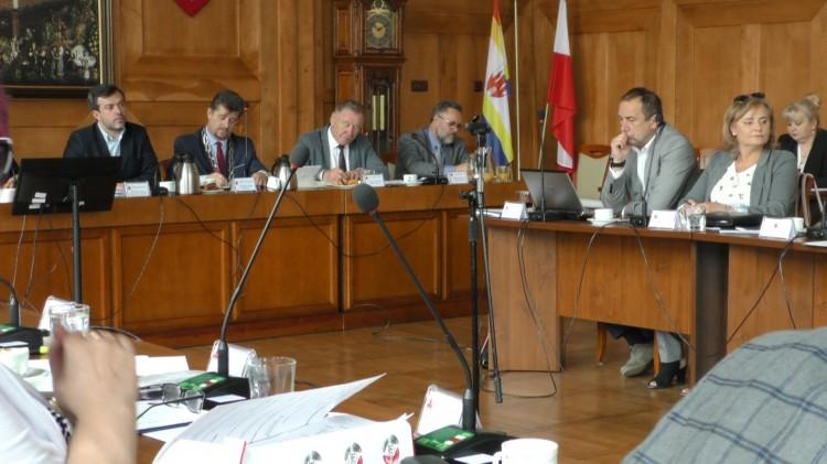 Komisja Skarg uznała wszystkie wnioski naszej redakcji. W poniedziałek decyzję podejmą Radni.