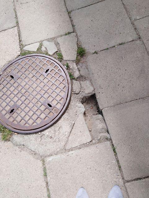 Dziury koło studzienek i nie tylko - ulica Jagiellońska w Malborku