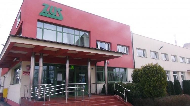 Malborski ZUS zaprasza pracodawców na dwa szkolenia.