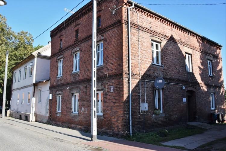 Nowy Dwór Gdański: Zagospodarowanie podwórek i komunalnych obiektów mieszkaniowych - podpisanie umowy na nadzór inwestorski