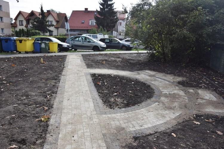 Rewitalizacja podwórek w Nowym Dworze Gdańskim.