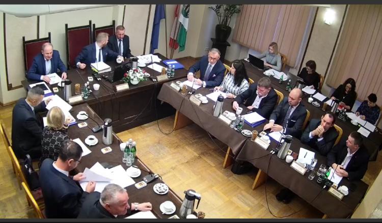 IX sesja Rady Powiatu w Nowym Dworze Gdańskim na żywo.