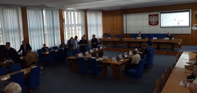 XVIII Sesja Rady Miejskiej w Nowym Dworze Gdańskim. Zobacz na żywo