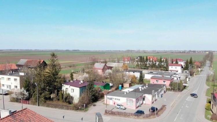 Nawet 100 % dofinansowania na usuwanie azbestu mogą otrzymać mieszkańcy gminy Miłoradz. Zobacz, co należy zrobić.