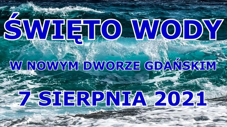 Nowy Dwór Gdański. Parada łódek w Święto Wody.