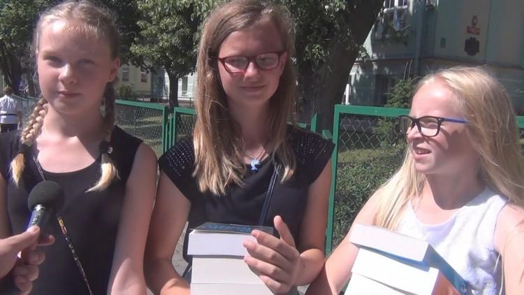"""Uroczyste zakończenie roku szkolnego w sztumskiej """"dwójce"""" - 24.06.2016…"""