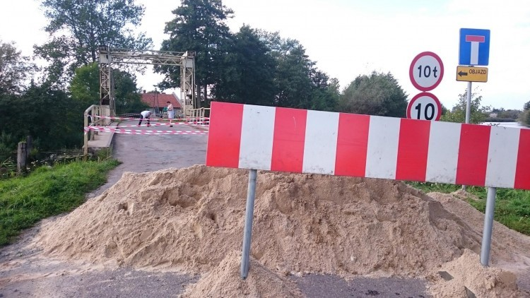 Most w Tujsku zamknięty do odwołania. Nie ma przejazdu! - 29.08.2016