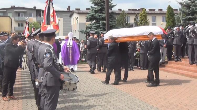 Pruszcz Gd. Pogrzeb kpt. pil. Krzysztofa Sobańskiego po katastrofie MiG-a…