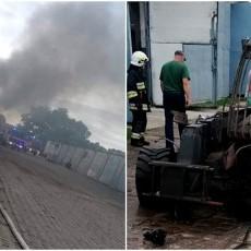 Ładowarka źródłem pożaru w warsztacie w Miłoradzu.
