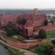 Budowa kamienic na Starym Mieście w Malborku - październik 2020 [foto,…